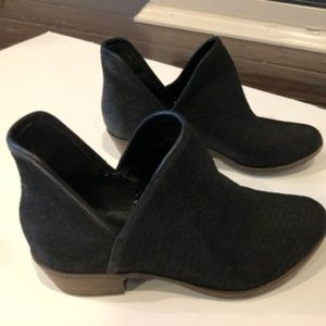 Lucky Brand Baley Black Ankle Bootie Size 6